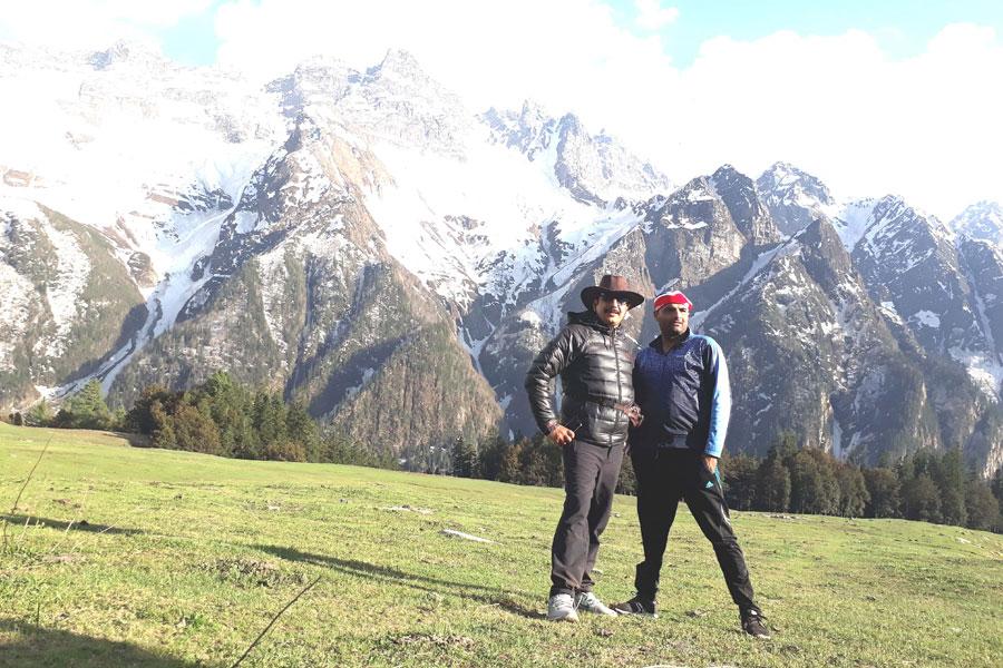 rupin pass trek booking